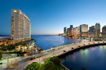 miami-exterior-to-downtown-via-brickell-key-bridge